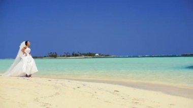 Happy Bride on Paradise Island — Stock Video