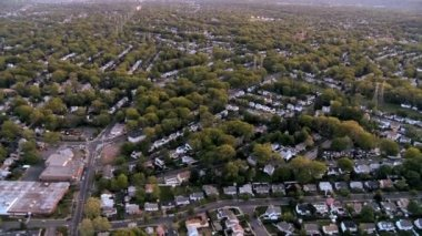 Aerial view of homes in the suburbs of New Jersey, New York State, USA — Stock Video