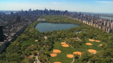 Aerial view of Central Park and Downtown Manhattan, New York, USA — Stock Video