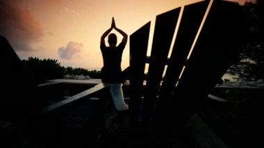 Yoga Tranquility at Sunrise — Stock Video