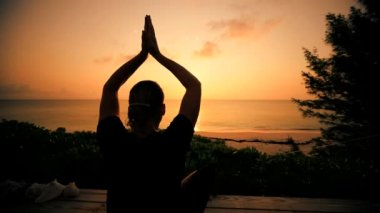 Yoga at Sunrise on Luxury Island — Stock Video