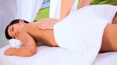 Masseuse Using Oils for Massage Therapy — Stock Video