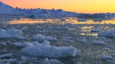 Dusk Over Frozen Arctic Glacial Ice — Stock Video