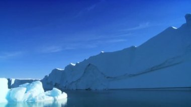 Large Iceberg Broken Away from a Glacier — Stock Video