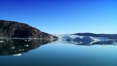 Melting Arctic Waters from Global Warming — Vídeo de stock