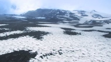 Aerial View of Snow on Eyjafjallajokull Volcano, Iceland — Stock Video