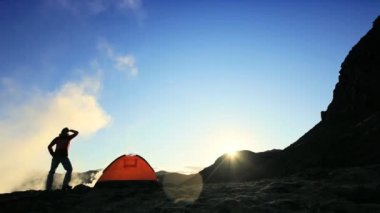 Lone Female Hiker at Dawn — Stock Video