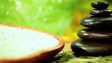 Alternativ terapi produkter för att främja avslappning — Stockvideo