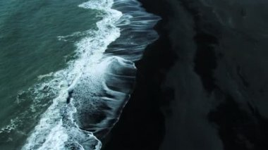 Aerial View of Black Volcanic Ash Beach, Iceland — Stock Video