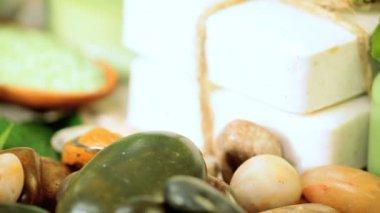 Spa tratamientos productos para promover el bienestar — Vídeo de stock