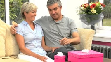 Attractive Mature Female Receiving Birthday Gifts — 图库视频影像
