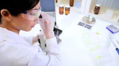 Female Lab Technician Doing Experimental Research — Stock Video