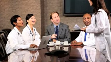 Five Multi Ethnic Medical in Team Meeting — Stock Video