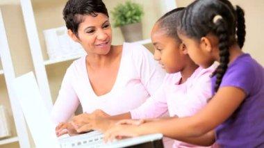 Little Ethnic Girls Using Laptop Computer — Stock Video