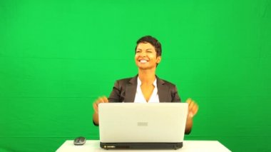 African American Female Pleased Green Screen Laptop Results — Stock Video