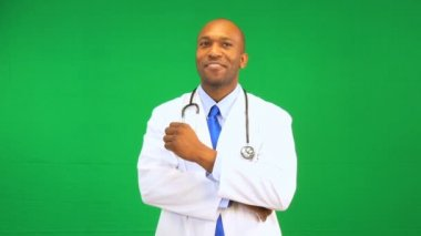 Ethnic Male Doctor Satisfied Green Screen Demonstration — Stock Video