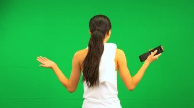 Asian Female Fitness Green Screen Remote Technology — Stock Video