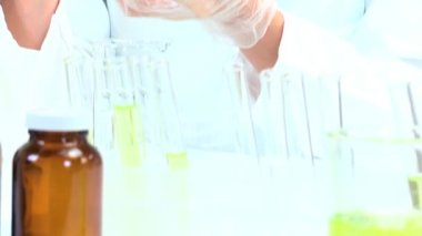 Female Medical Researcher in Laboratory — Stock Video