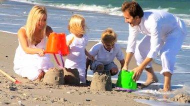 Young Caucasian Family Beach Fun — Stock Video