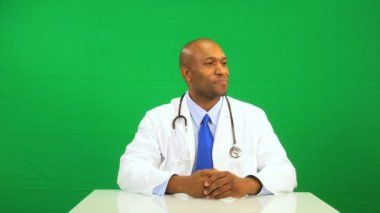 Confident African American Doctor Green Screen — Stock Video