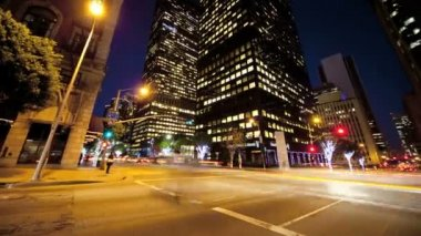 Motion Panning Time lapse Night City Traffic and Pedestrians — Stock Video