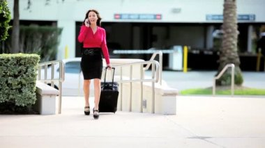 Businesswoman with Smart Phone and Travel Luggage — Stock Video
