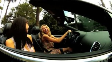 Girls Having Fun in Luxury Cabriolet — Stock Video