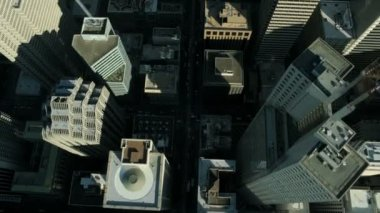 Aerial vertical view of rooftop skyscrapers, America — Vídeo Stock