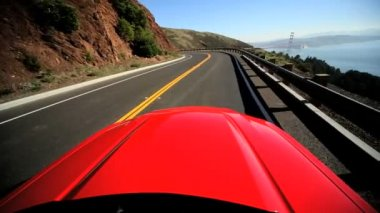 Luxury Road Trip Approaching Golden Gate Bridge — Stock Video