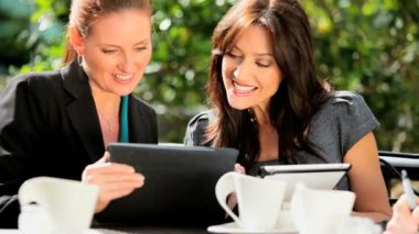 Female Business Colleagues Wireless Technology Outside — Stock Video