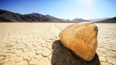Trail From Death Valley Sailing Stones — Stock Video