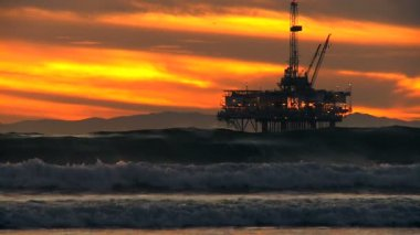 Coastal Crude Oil Pumping — Stock Video