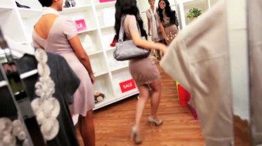 Multi Ethnic Girlfriends Shopping Exclusive Handbag Sunglasses — Stock Video