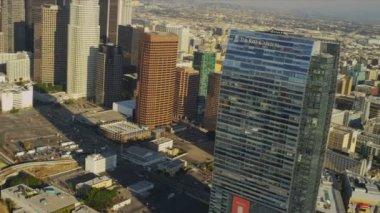 Flygfoto av ritz carlton hotell, los angeles, usa — Stockvideo