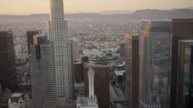 Aerial sunset view city skyscrapers Los Angeles, USA — Stock Video