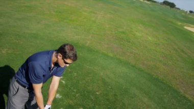 Golf golf oynarken zevk — Stok video