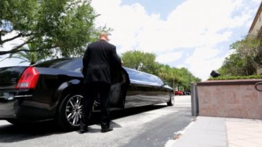Chief executives arriving to business meeting — Vídeo de Stock