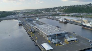 Aerial view Smith Cove Piers 90 and 91, Seattle, USA — Stok video
