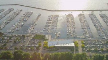 Veduta aerea della baia di barca marina, salmone, seattle, usa — Video Stock