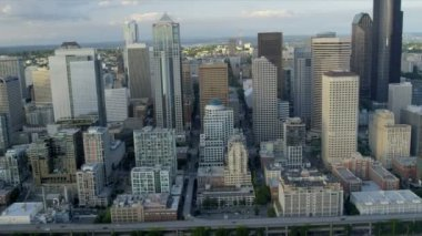 Aerial coastal view Downtown Seattle Business Center Alaskan Way Viaduct, — Stock Video
