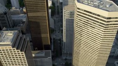 Aerial close up view office skyscrapers Pacific west coast, Seattle — Stock Video