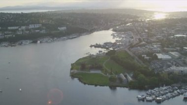 Aerial view Gas Works Park Lake Union, Seattle — Stock Video