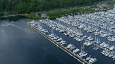 Aerial view Yacht Marina Smith Cove, Seattle — Stock Video