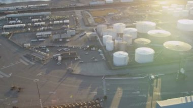 Aerial view of commercial Storage tanks, Harbor Island, Seattle — Stock Video