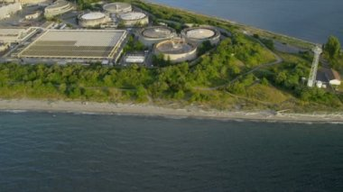 Aerial view West Point Treatment Plant nr Seattle, USA — Vidéo
