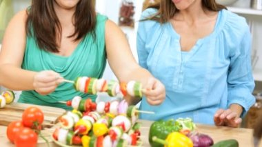 Caucasian Mom and Daughters Preparing Healthy Family Lunch — Stock Video