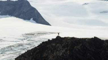 Climber at Troublesome Glacier — Video Stock