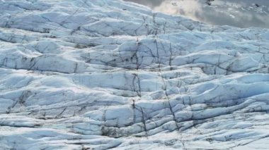 Aerial view of Ice Glacier and crevasses, Arctic Region — Vídeo Stock