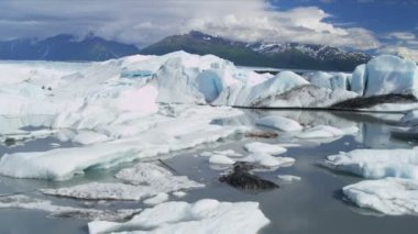 Aerial view Knik Glacier icebergs Knik River Alaska, USA — Stock Video