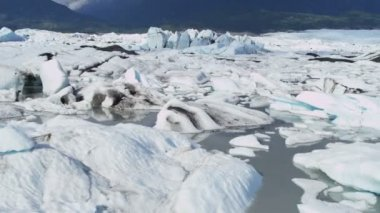 Aerial view Knik Glacier ice flows Knik River Alaska, USA — Stock Video